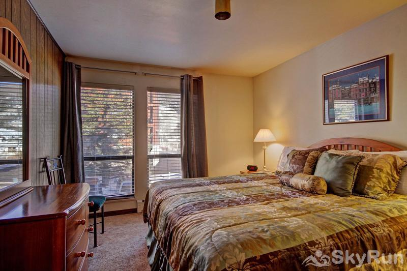 A208 Lake Cliffe Condos  2BR 2BA Master Bedroom