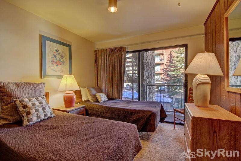 A208 Lake Cliffe Condos  2BR 2BA Guest Bedroom