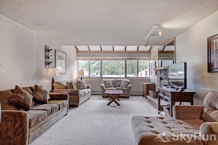VS549 Village Square Spacious Living Room