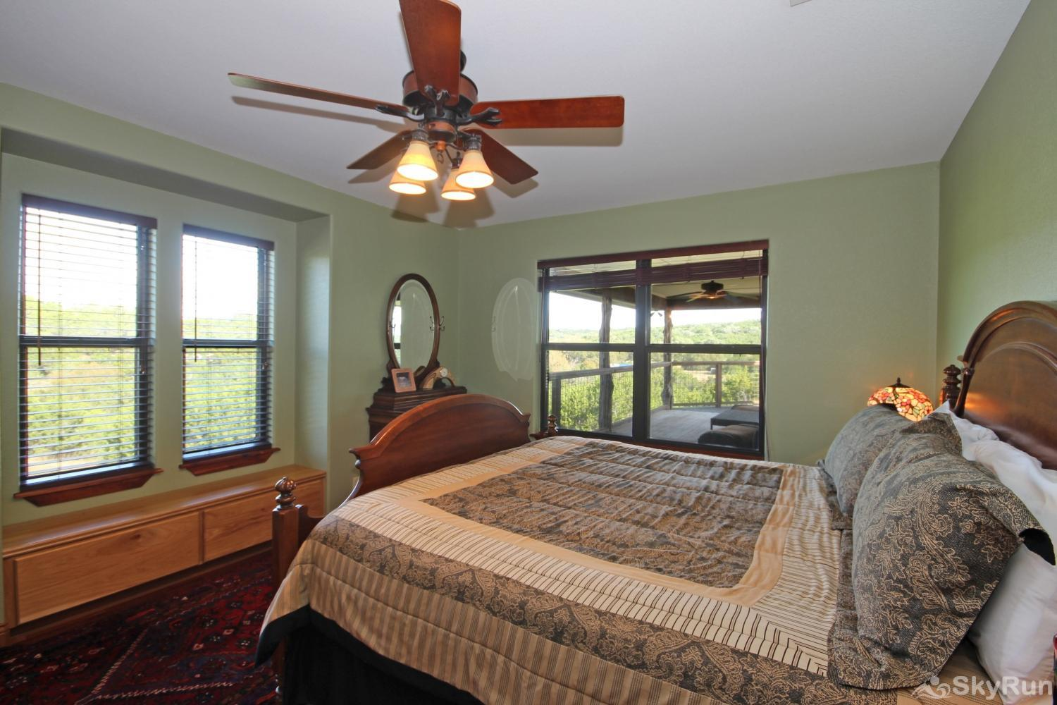 STAR HOUSE Second bedroom with king bed and attached bath