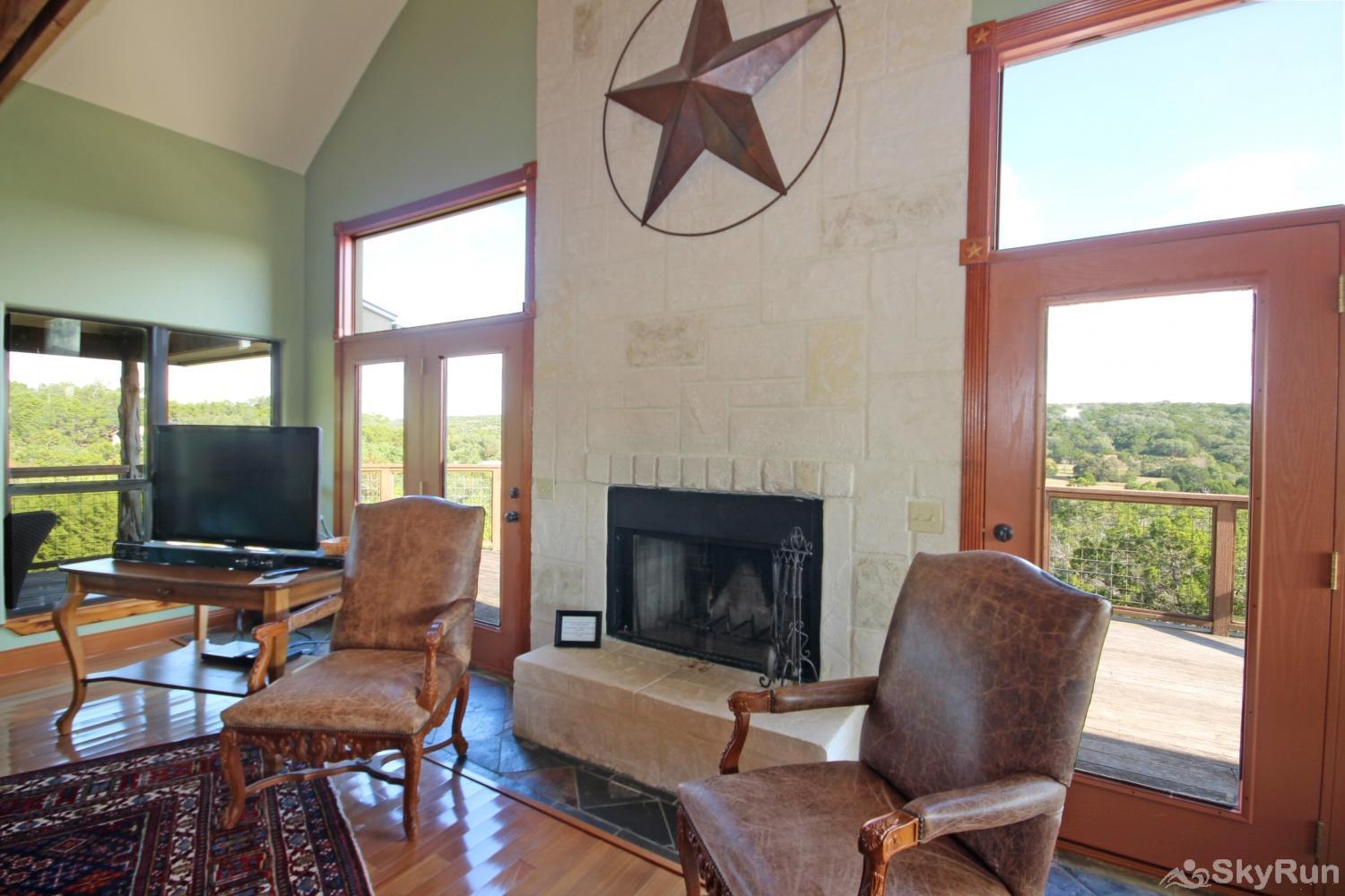 STAR HOUSE Fireside seating area