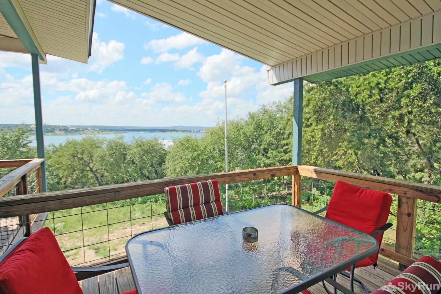 LAKEPOINT LOOKOUT Covered Deck with Lake View