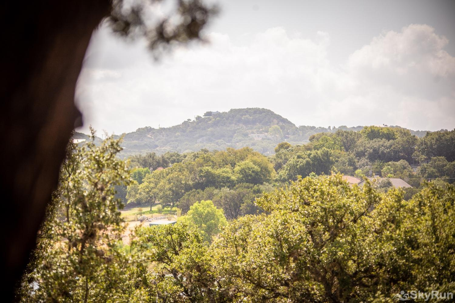 CASA DEL LAGO Ready for your next Hill Country getaway?